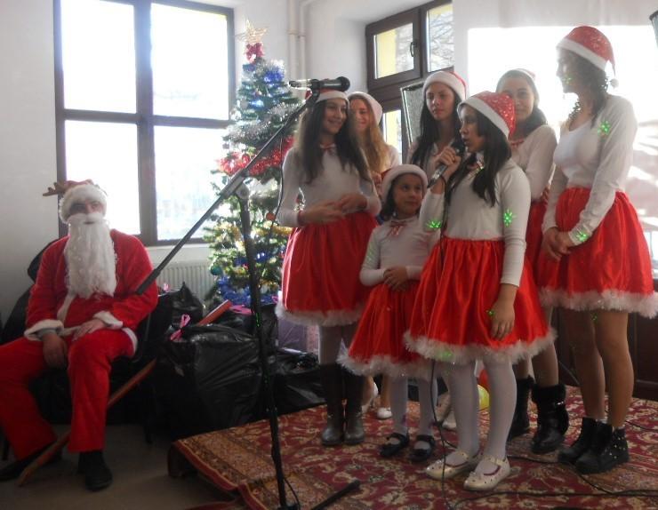 Weihnachtsfeier im Kinderheim